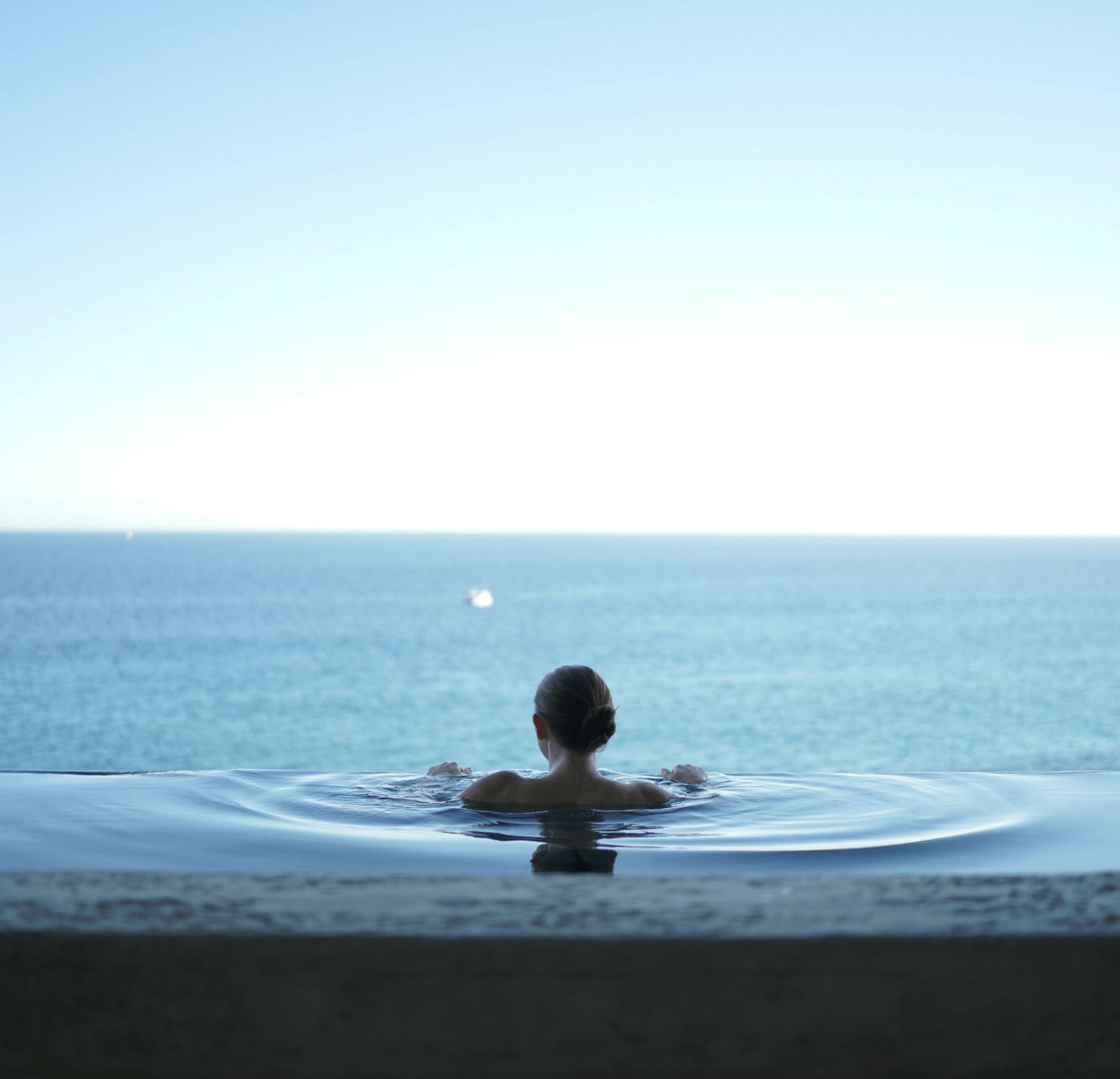 mantenimiento-de-piscinas-foto-pequeña